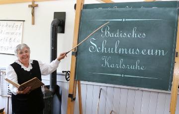"""""""Fräulein Lehrerin"""" - Historische Lehrerin Frau Trudel Zimmermann"""